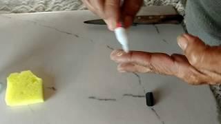 Como retirar cola Super Bonder de piso/vidro/ pele
