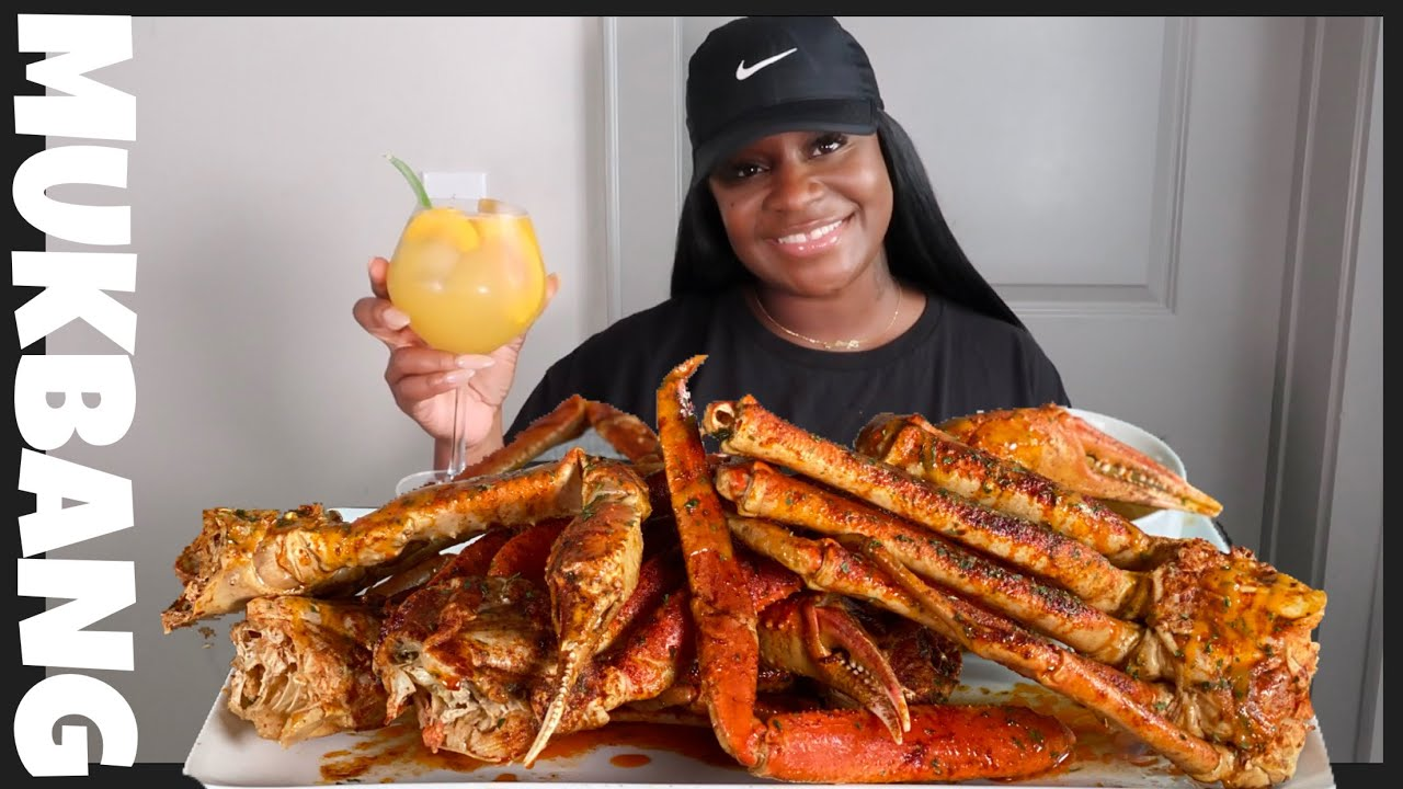 GIANT CRAB LEGS +SEAFOOD BOIL MUKBANG | story time |where have I been?