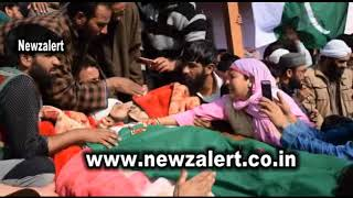 Thousands of people attended the funeral prayers of Sumo driver Bilal Ahmad Ganie at Narwa Pulwama