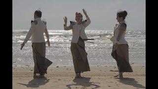 VOUS AVEZ VU PASSER LA GORILLE? - Compagnie Sans Titre production - Anne Morel Van Hyfte