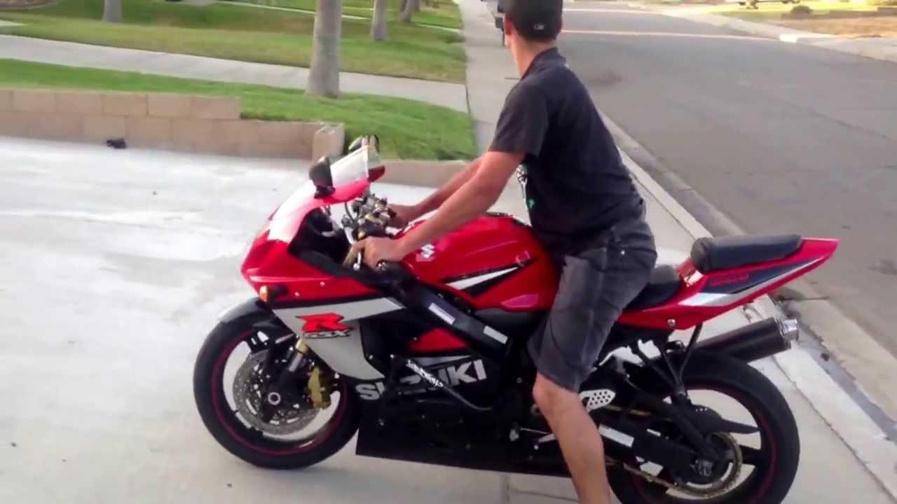 Street Bike Burnout Gsxr 600 Youtube