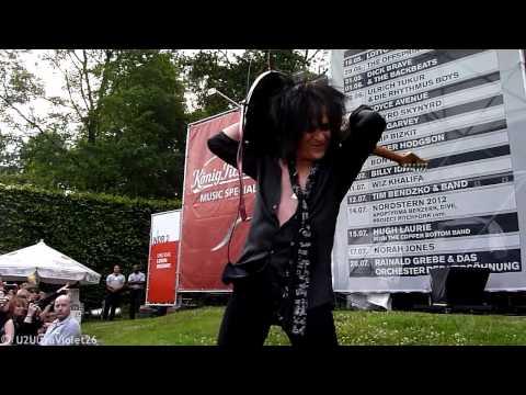 Billy Idol, Steve Stevens Part Solo Guitar, Hamburg Stadtpark 2012-07-10