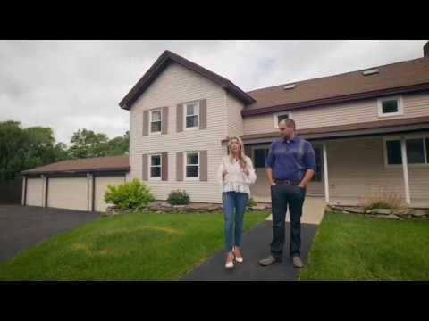 Walkthrough Wednesday: A #NixonPack House Tour of Bear Rd in Clay, NY