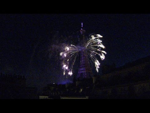 Paris 2016 Feu d'artifice - Tour Eiffel Quatorze Juillet Fireworks - 14 july Bastille Day