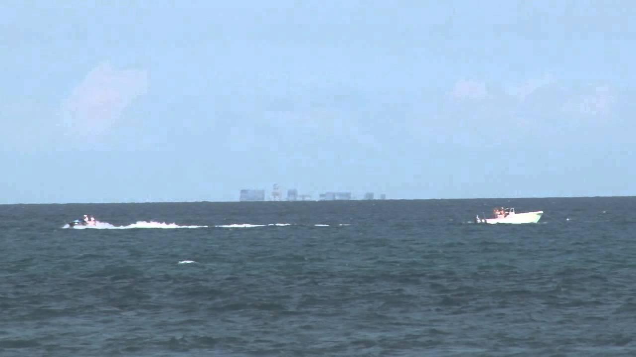 Jupiter Fl Boat Race See Bahamas From Beach Youtube
