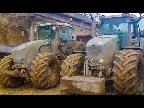 chopping-maize-with-claas-forage-harvesters-and-fendt-tractors-|-maize-harvest
