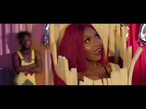 Obuwoomi - Karole Kasita (Official Video)