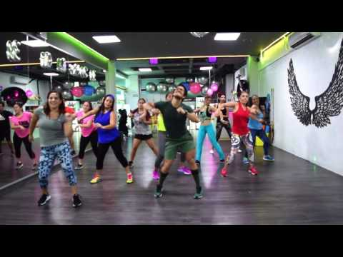 Felices los 4 Salsa Version - Maluma ft Marc Anthony by Cesar James / Zumba Cardio Extremo Cancun