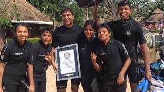 Guinness World record for Longest Human chain Underwater