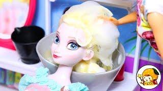 ディズニープリンセスのエルサがバッサリヘアチェンジ!バービー美容院で髪の毛がカラフルカラーに変身♪Disney Frozen Elsa hair cut♪