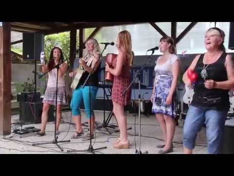 Country Sisters - GardenParty 2016 .... for FanClub