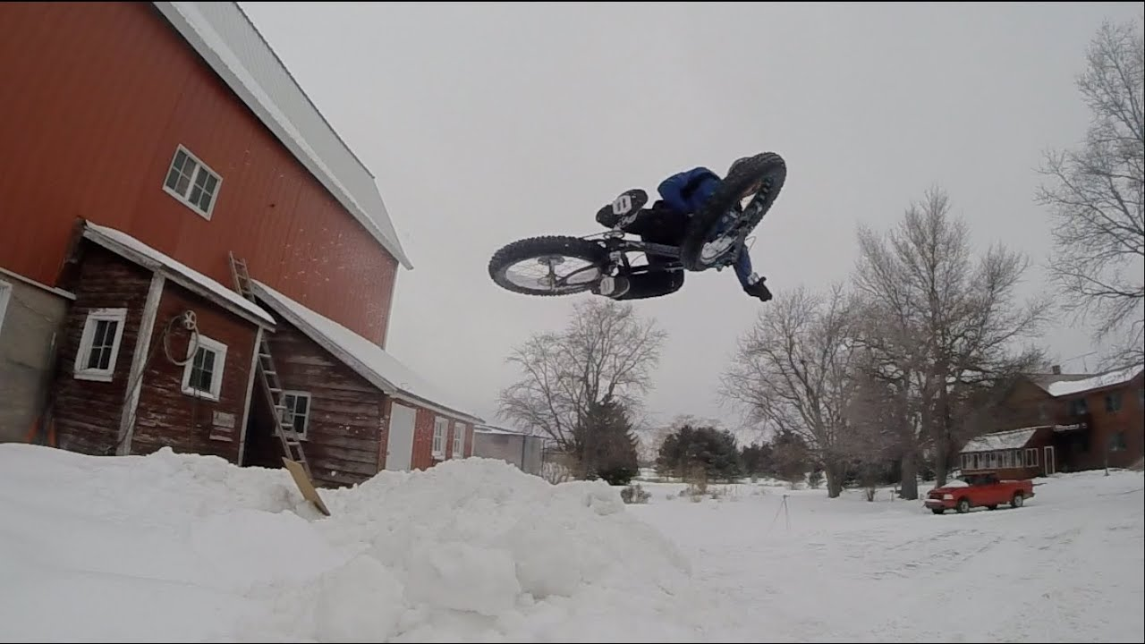 Fatbike Snow Trials Xc Dh Street Jumping On The Fatback