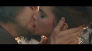 Video Emma Watson and Daniel Bruhl hot kiss in Colonia download MP3, 3GP, MP4, WEBM, AVI, FLV Januari 2018