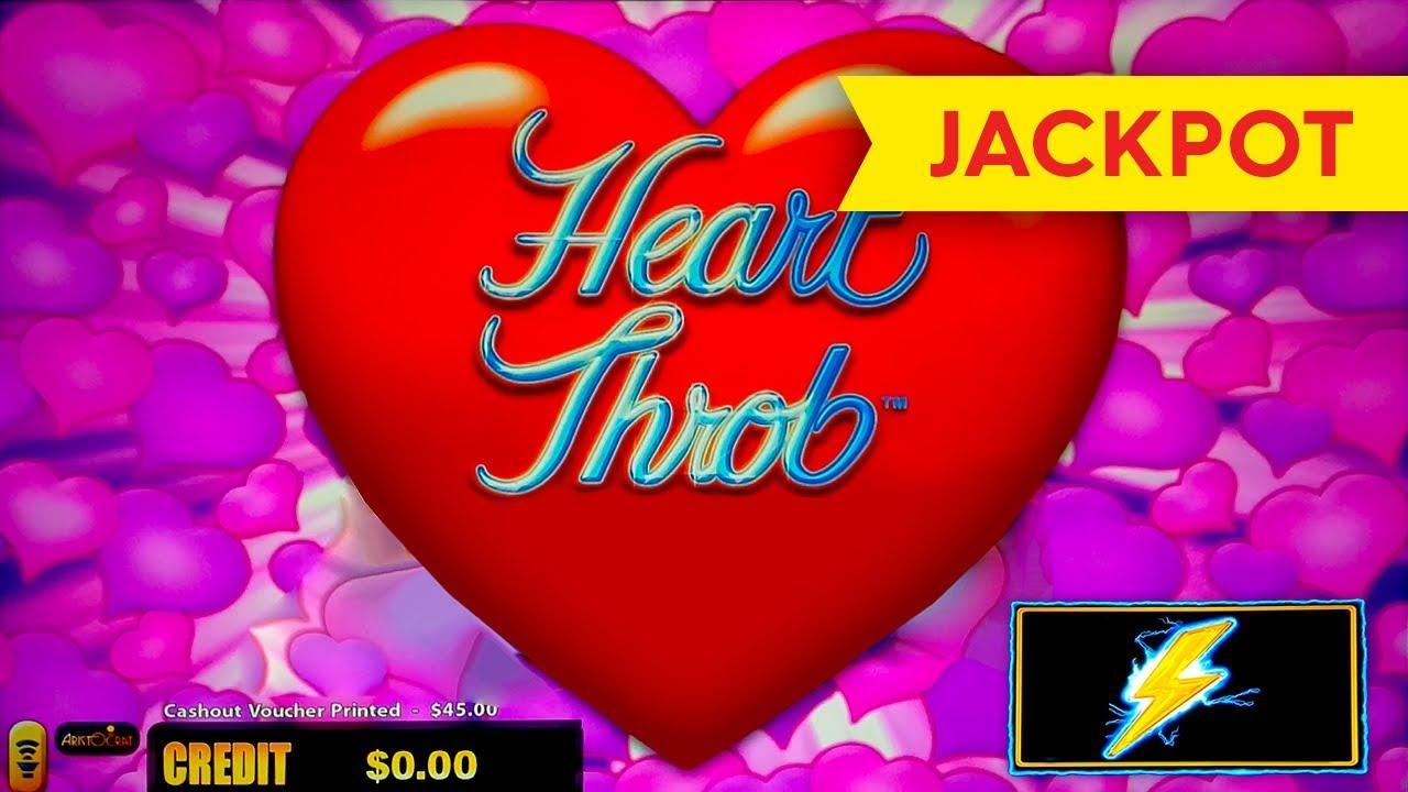 Heart Throb Slot Machine