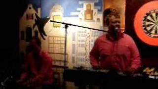 Duo HeesBeen & Karaoke
