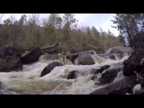 Kayaking Upper Blackwater River West Virginia CHOPPERS UNDERCUT AT WRONG SPOT SHOULD BE 4:02 ON LEFT