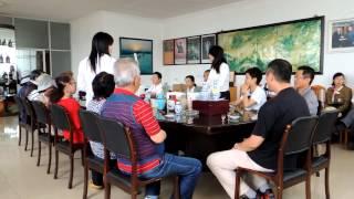 中国・紹興市内・紹興酒の試飲風景