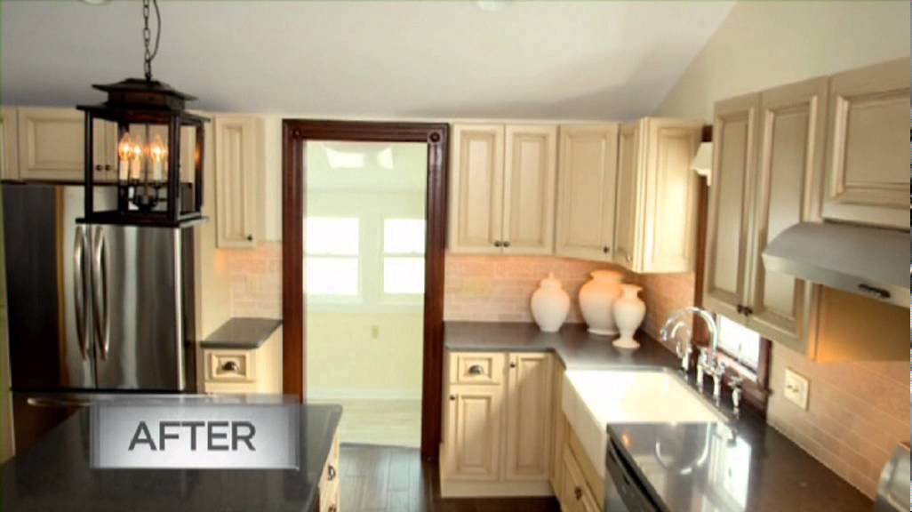 Tuscany White Maple Kitchen Cabinets Installed - Before and After Footage