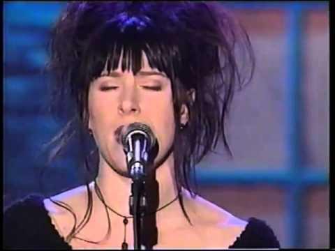 Luce Dufault  Tous ces mots Show du refuge 1998
