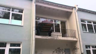 видео Перевозка мебели с разборкой и сборкой в СПб недорого