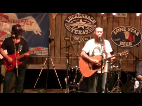 Somewhere in the Middle - Cody Jinks and The Tone Deaf Hippies