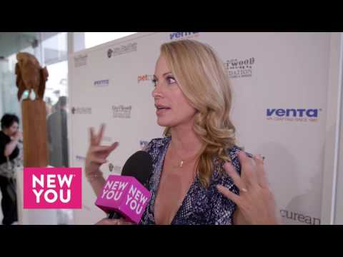 Alison Eastwood at Art for Animals