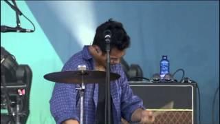 The Temper Trap - Drum Song (Live Santiago DC´10)