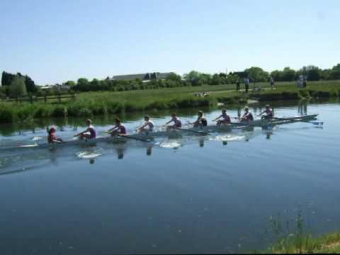 99s Regattas 2009 M1 vs Girton - Darwin College Boat Club