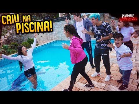 elas-brigaram-e-caÍram-na-piscina-da-casa!!---parque-misterioso-#9-[-rezende-evil-]