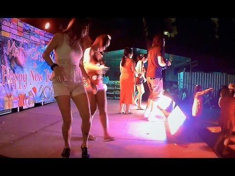 Party in Pattaya in Thai style. New plaza Soi Buakhao Xmas.