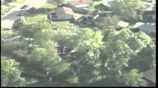 Repeat youtube video Raw aerials: Body found in Ind. sex offender's home