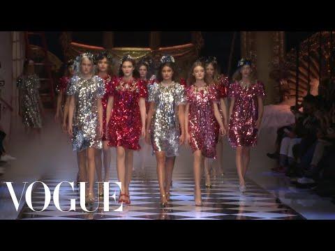 Dolce & Gabbana Fall 2016 Ready-to-Wear | Milan Fashion Week