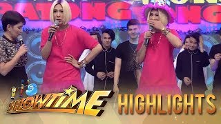 It's Showtime: Jhong makes fun of Vice Ganda's outfit