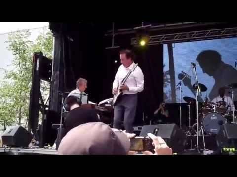 Zoom Q2HD test-Kitchener Blues Festival 2014