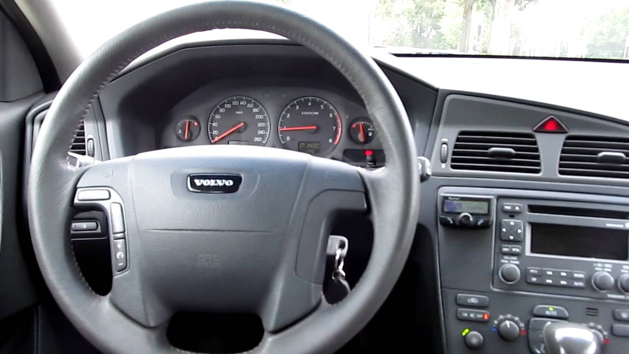 Volvo V70 S60 dash interior walk around - YouTube