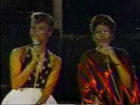 SOLID GOLD | Dionne Warwick and Aretha Franklin sing