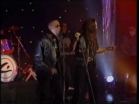 Charles And Eddie - Would I Lie To You - Top Of The Pops - Thursday 12th November 1992
