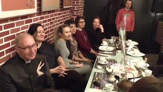 Вечер в арт-кафе Гагарин и работы в стиле ''НЮ'' от Хазиева Мадияра Шариповича