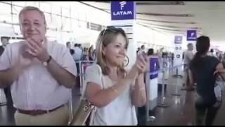 Reconocimiento de pasajeros en Chile a la UME de España