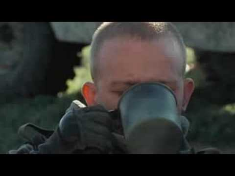 "GeeKay - s01e05 - ""Famous Marines"""