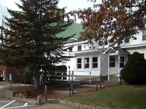 Welcome to Merrill Farm Resort - North Conway, New Hampshire Hotel
