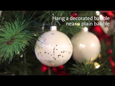 The Best Way To Decorate Your Christmas Tree