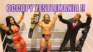 WWE ACTION INSIDER: Daniel Bryan vs Triple H Wrestlemania 30 Mattel Wrestling Figure BattlePack 32!