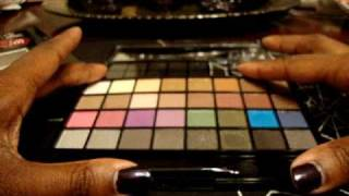 e.l.f. Holiday 2010 ~  32 Eye Shadow Palette Thumbnail