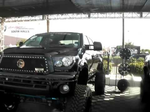 Dubsandtires Com Toyota Tundra With 22 Inch Custom Fuel Off Road