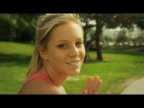 Tara Holt in Pepsi MAX 'LOVE HURTS' Super Bowl Commercial 2011