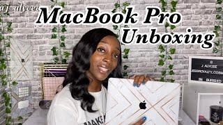 MacBook Pro Unboxing + Accessories