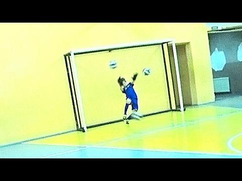 Игра: Пенальти 3 мяча = младшие (ОТЛИЧНОЕ НАСТРОЕНИЕ - ПЕРЕДАЧА НА СТОРОНУ РОДИТЕЛЕЙ)