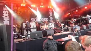 Skindred - Cut Dem (live)