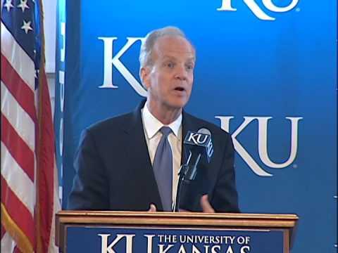 Sen. Jerry Moran Speaks at University of Kansas During NIH Visit